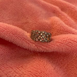 Beautiful Costumes Ring with Clear stones